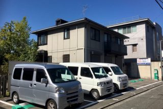 shimogamo_outsideview_parking_car